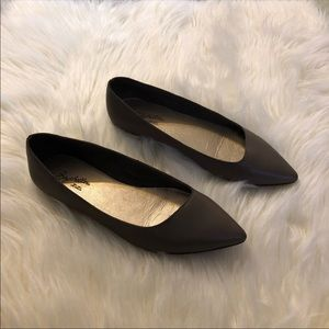 Seychelles Taupe Pointed Toe Flats